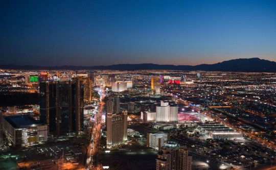Las-Vegas-night-helicopter-540x333