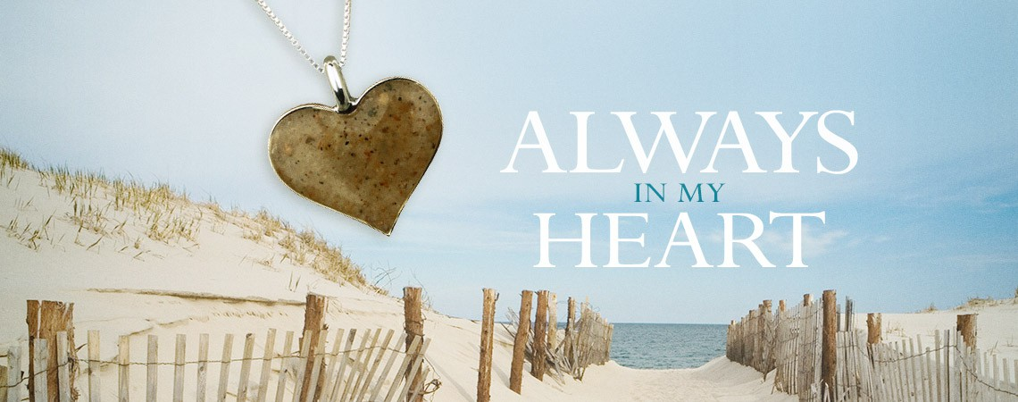Heart of Sand Necklace Photo