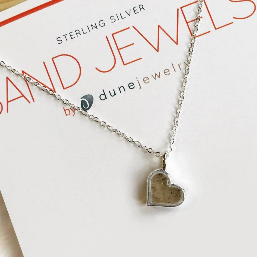 heart sand jewel necklace