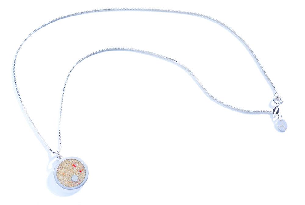 island-necklace-72dpi-1000w