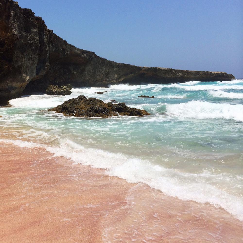 pink-sand-beaches-BocaPrins beach